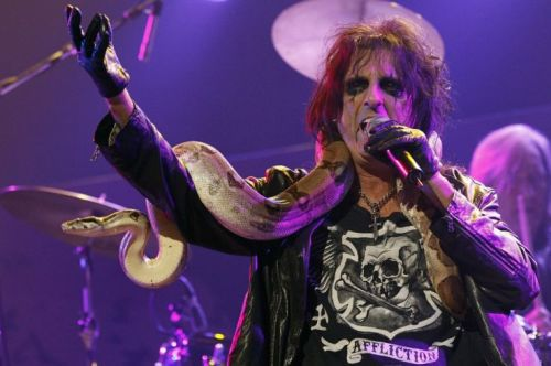 Drinking beer is easy but being a Christian is a 'tough call', says Alice Cooper